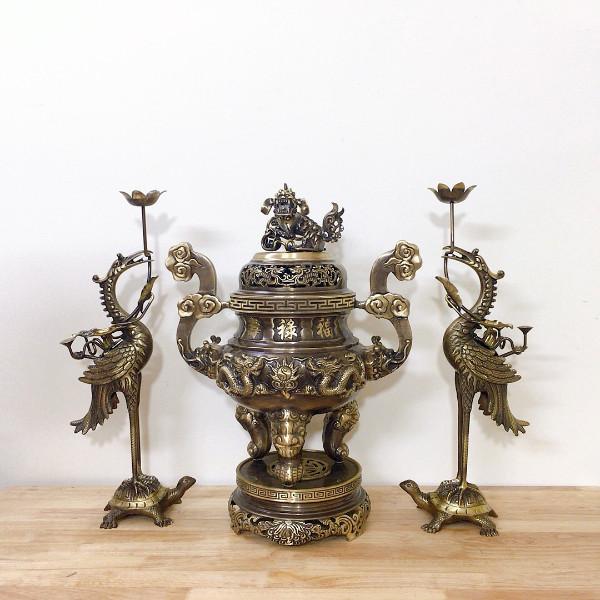 Bộ đỉnh rồng tam sự (Đỉnh và đôi hạc đồng) đồng vàng hun giả cổ (2CN)