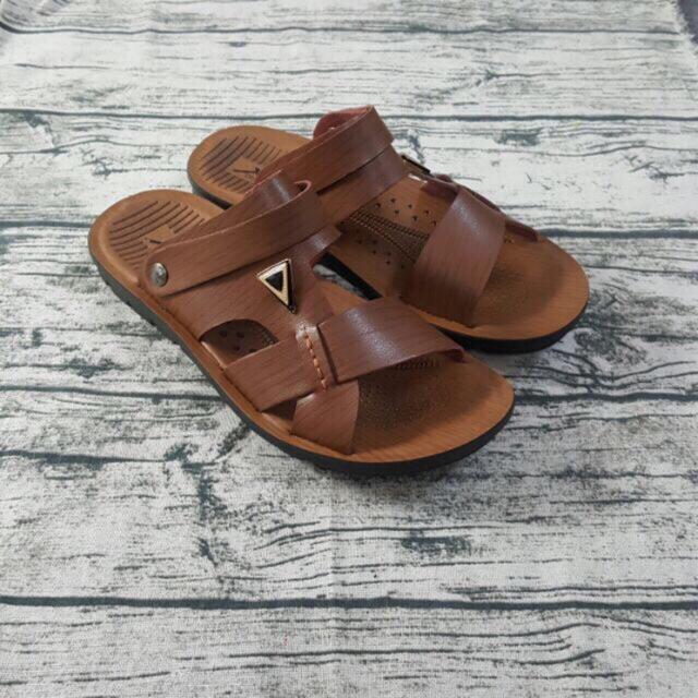 Sandal Nam Trung Tuổi