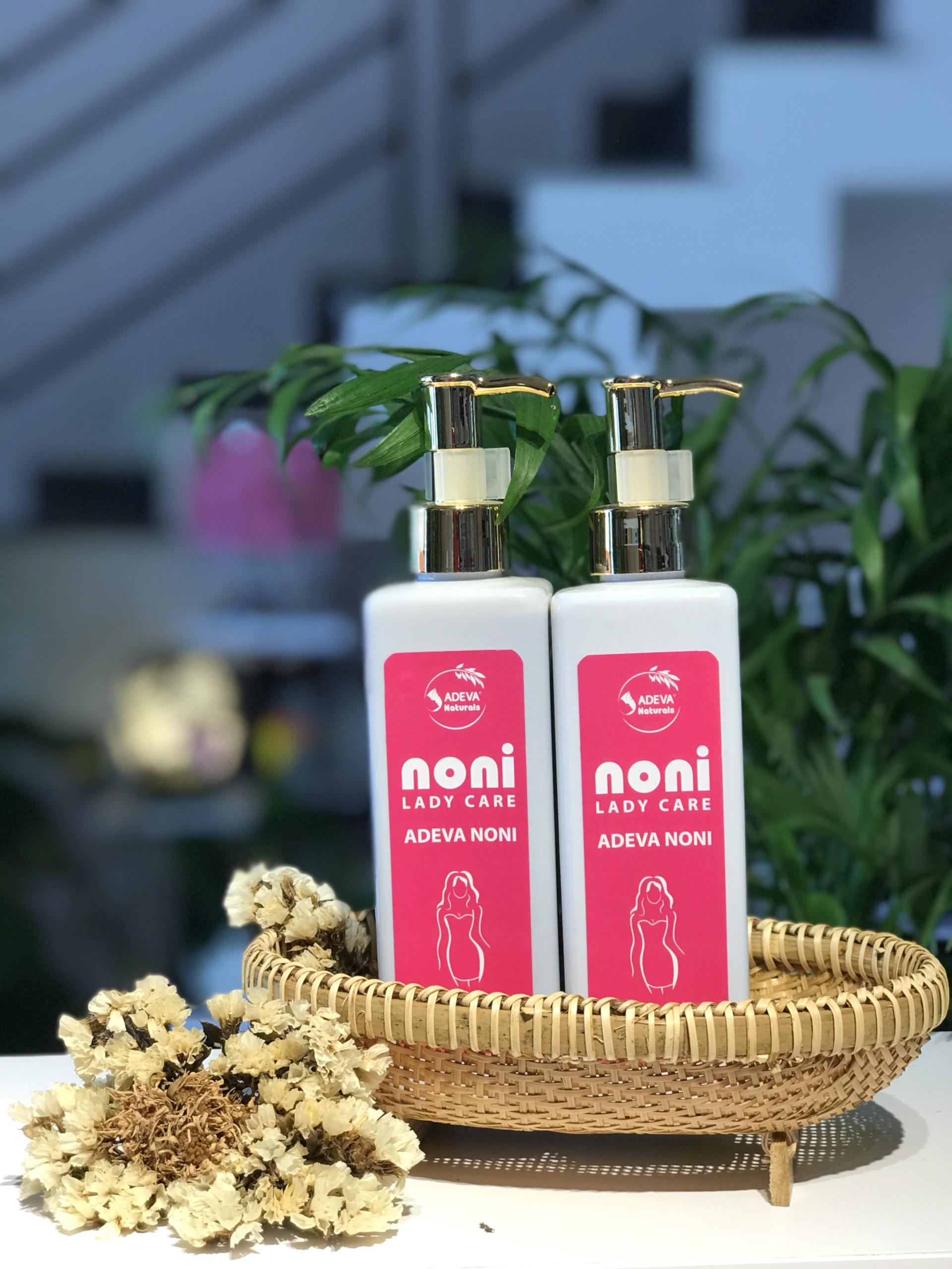 Dung dịch vệ sinh phụ nữ - Giảm viêm ngứa vùng kín từ thảo mộc thiên nhiên 250 ml