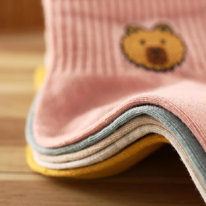 Tất len hình Gấu brown mềm mịn, co dãn cho bé gái, bé trai 0 đến 2 tuổi Châu Shop