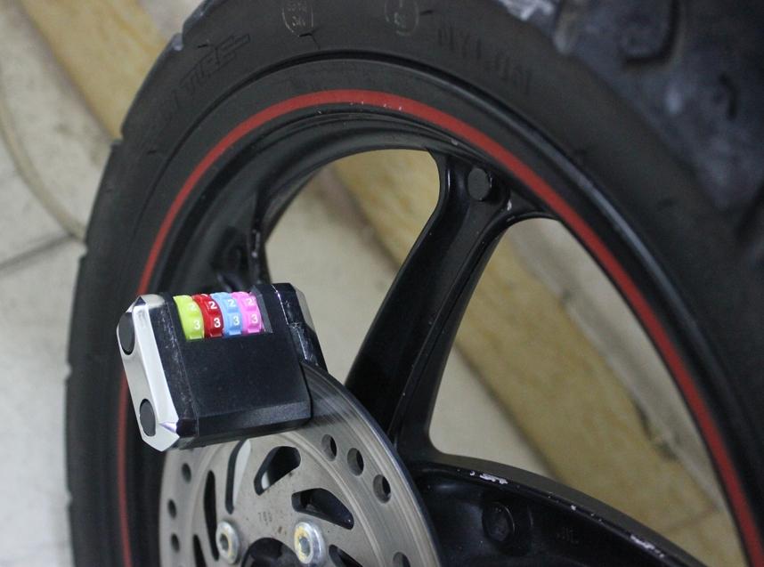 Khóa mật khẩu phanh đĩa chống trộm xe máy