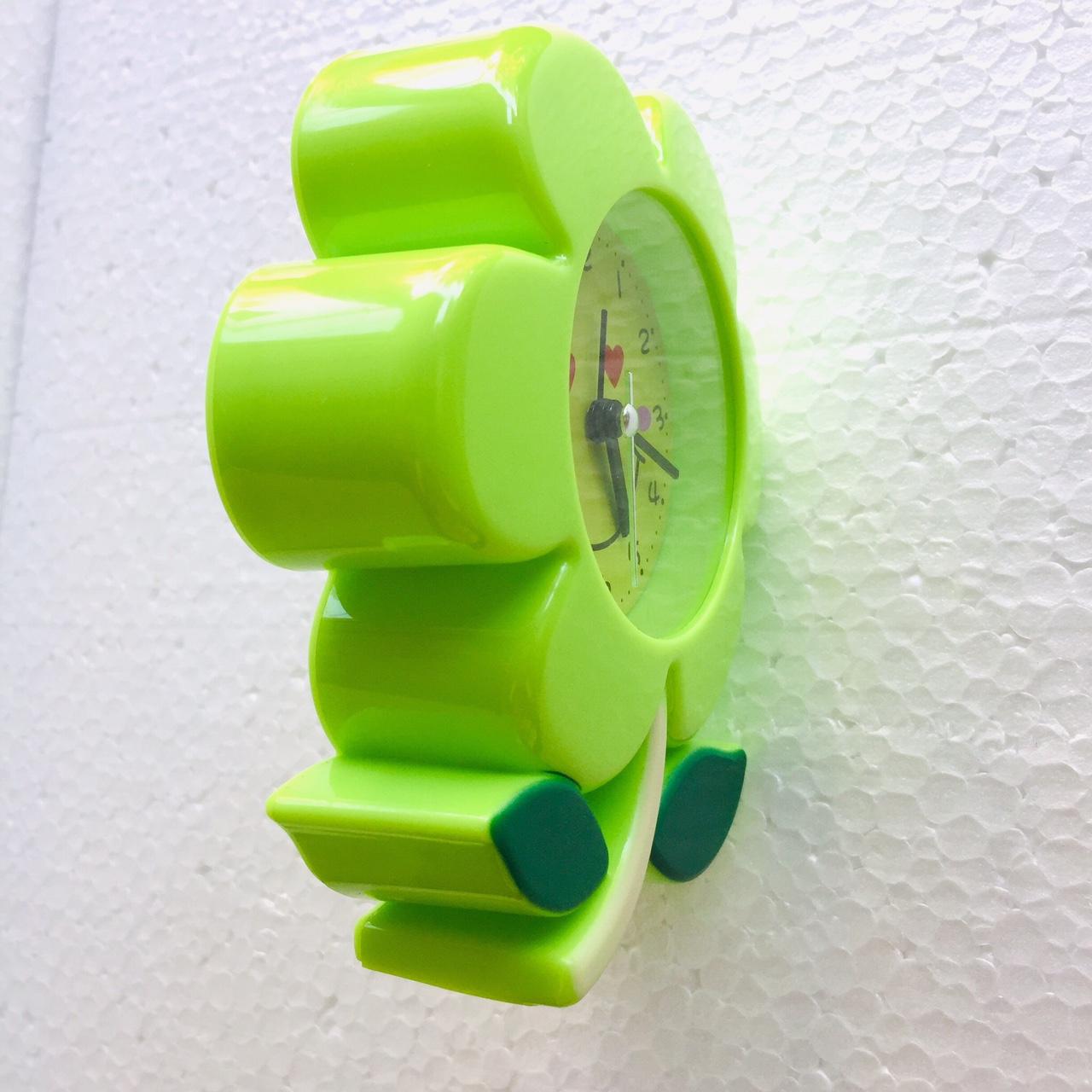 Đồng hồ báo thức để bàn Hoa mai- 7029 (xanh lá) - Giao màu ngầu nhiên