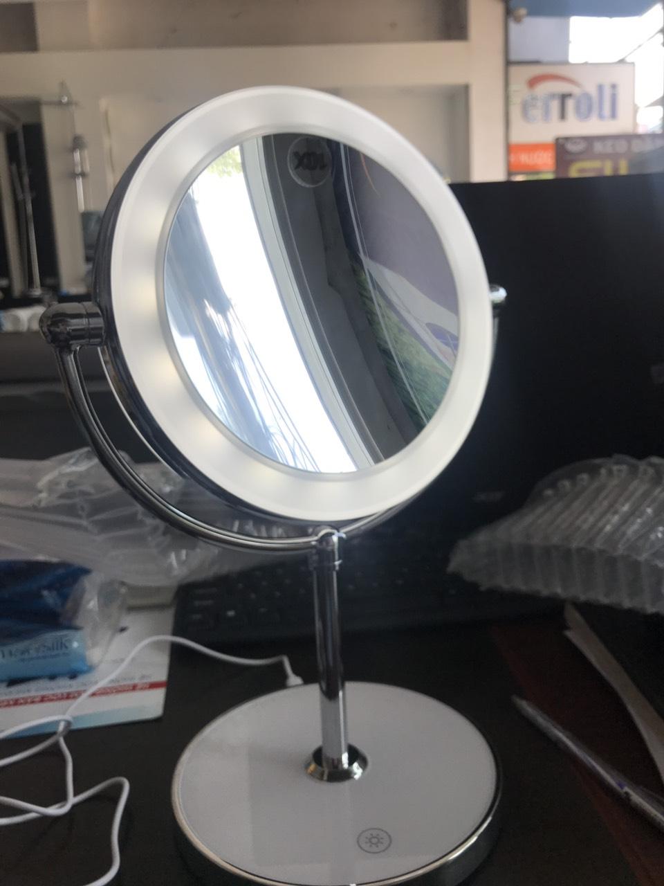 Gương trang điểm đặt bàn led xoay 2 mặt RM160-DL
