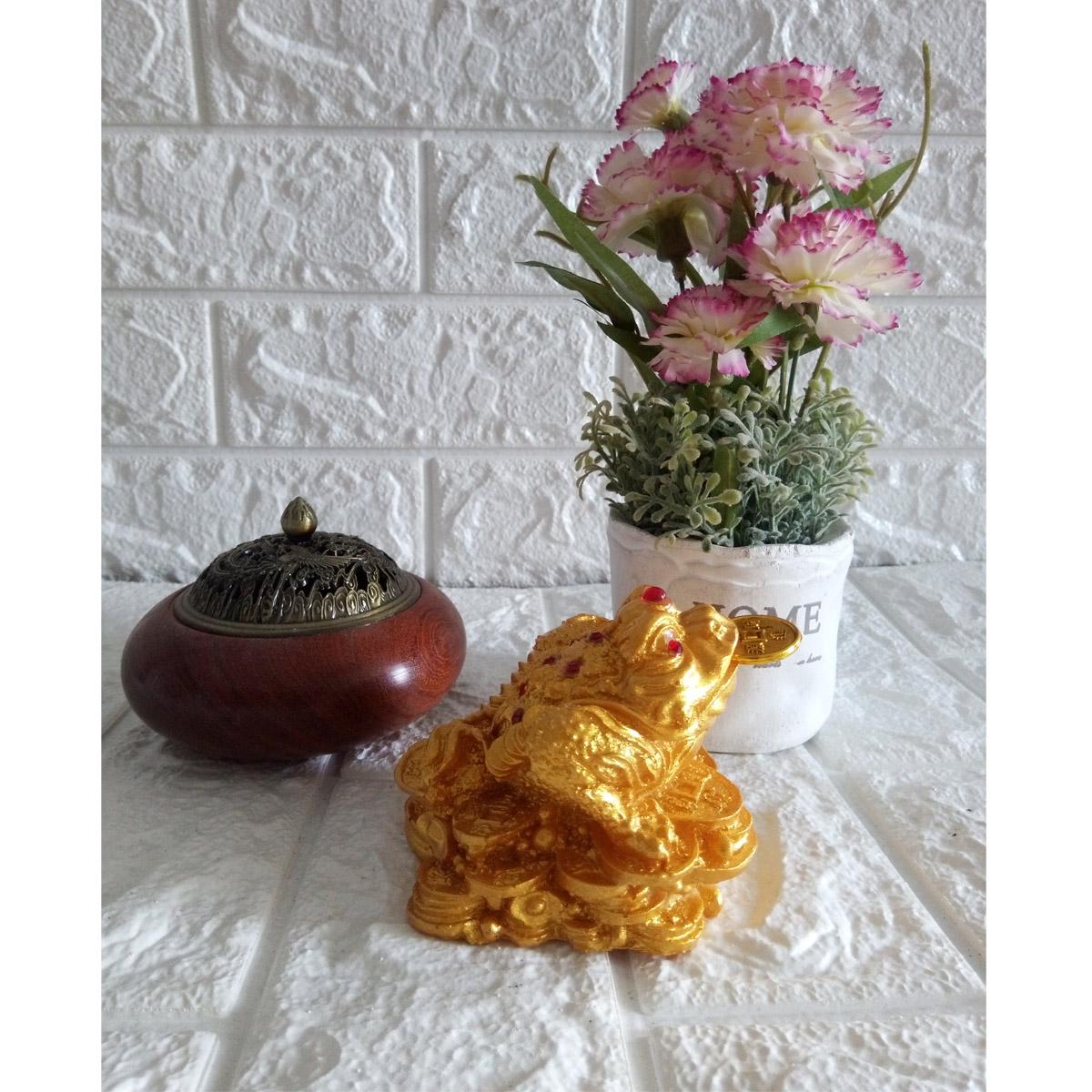 Thiềm thừ chiêu giữ tài lộc Cóc ba chân ngậm tiền vàng màu nhũ vàng - CNV10