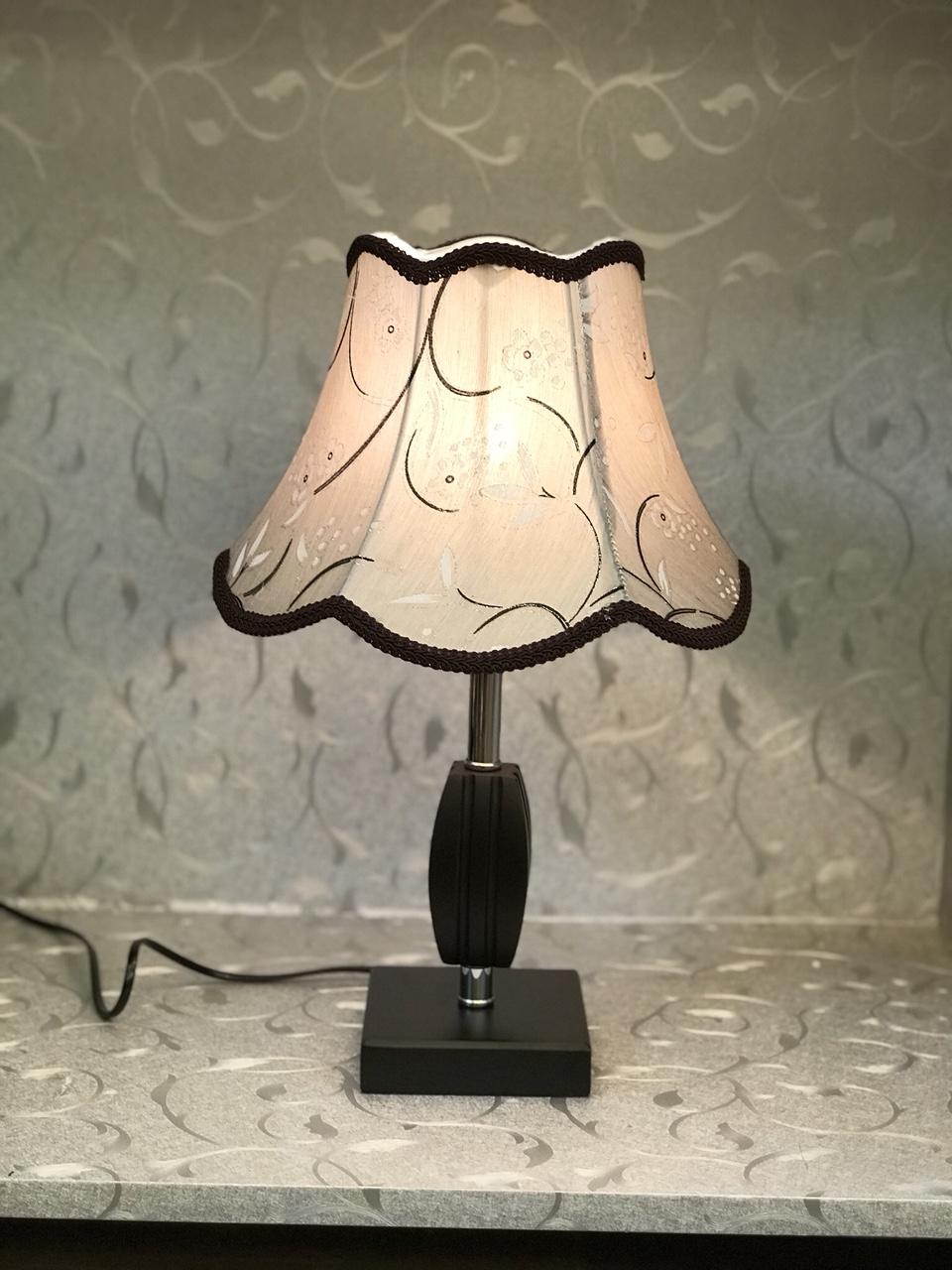 Đèn bàn - đèn ngủ gỗ để bàn -đèn bàn trang trí phòng ngủ MB8034