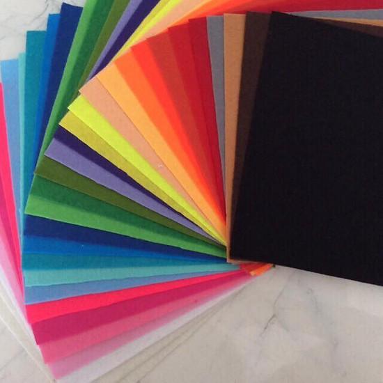 Combo 20 vải nỉ cứng (vải không dệt / vải dạ / felt) làm đồ handmade, craft, thủ công 30X30cm, 20 màu khác nhau