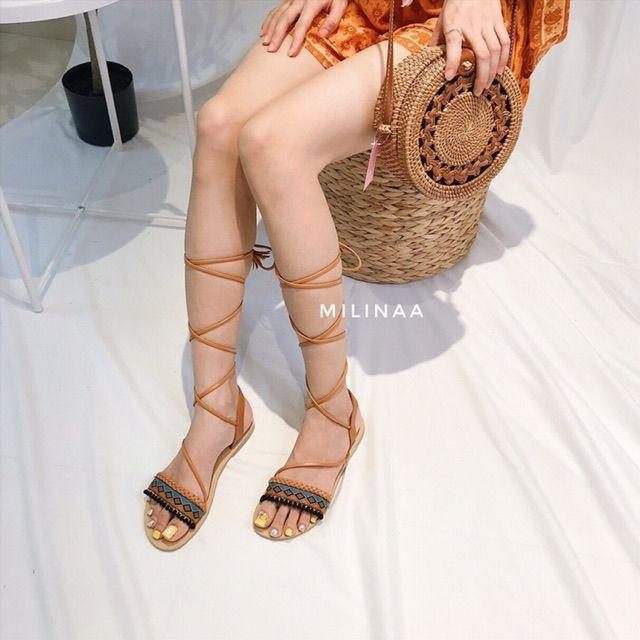 Giày sandal thổ cẩm cột dây tua rua phong cách vintage