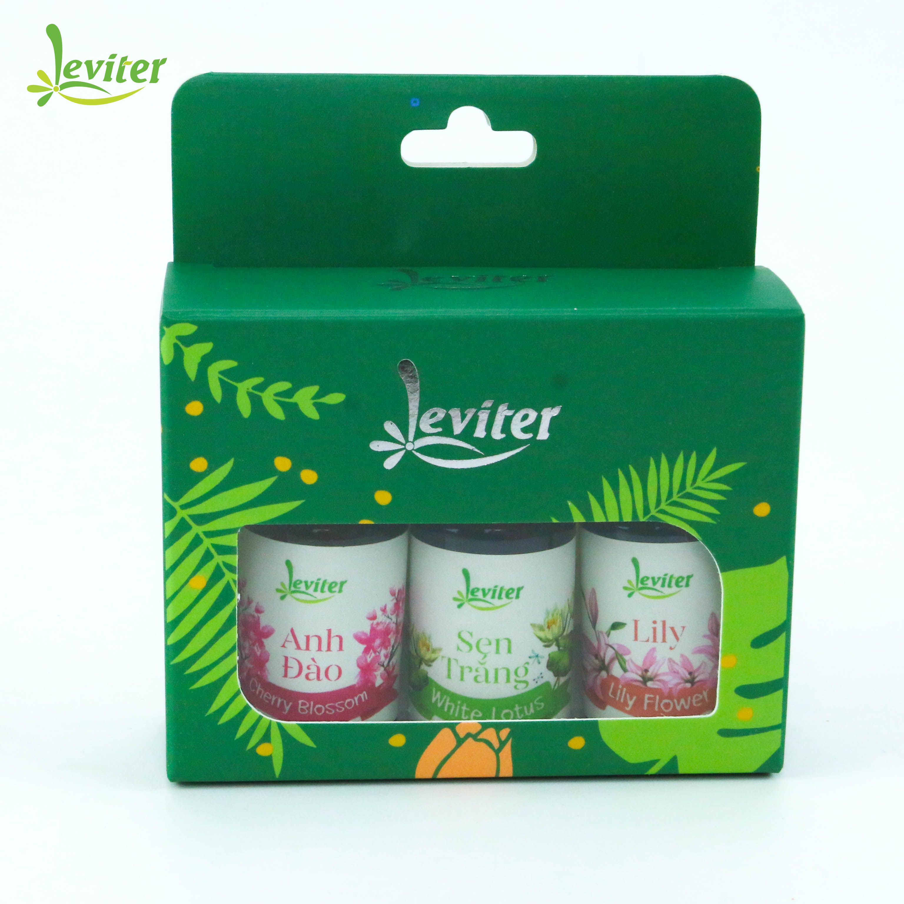 Combo 3 chai Tinh Dầu Leviter Gợi Cảm 10ml Hương Anh Đào, Sen Trắng, Lily giúp khử mùi, tăng sự gợi cảm cho không gian thơm mát - 23135165 , 7555134828677 , 62_10190172 , 470000 , Combo-3-chai-Tinh-Dau-Leviter-Goi-Cam-10ml-Huong-Anh-Dao-Sen-Trang-Lily-giup-khu-mui-tang-su-goi-cam-cho-khong-gian-thom-mat-62_10190172 , tiki.vn , Combo 3 chai Tinh Dầu Leviter Gợi Cảm 10ml Hương An
