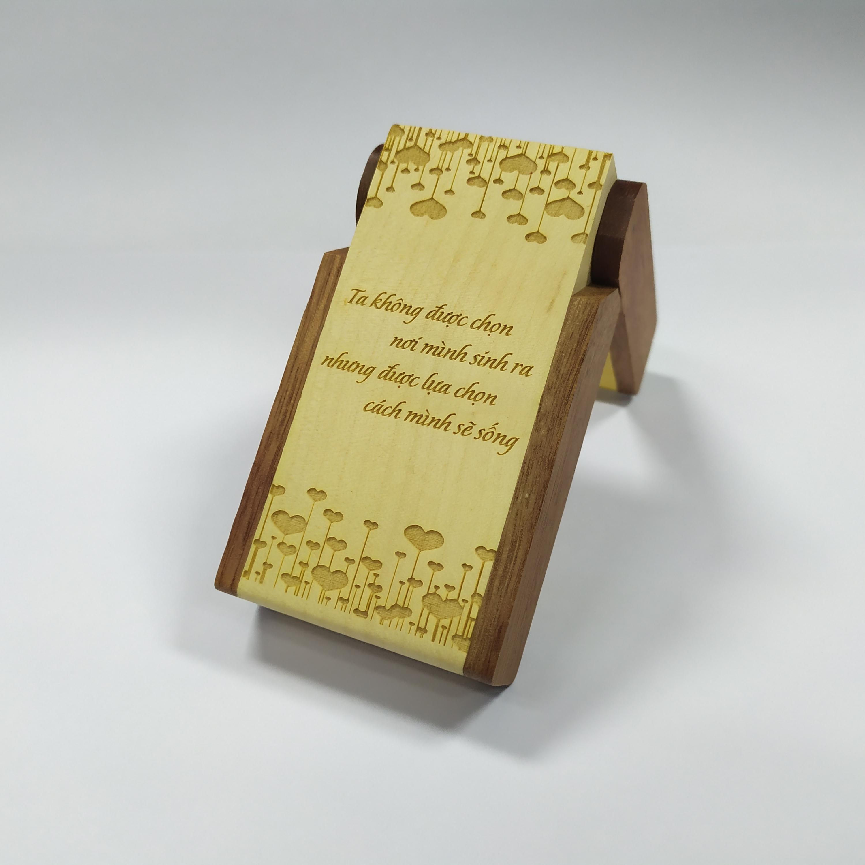 Hộp cắm viết có đồng hồ (Khắc hình và chữ)