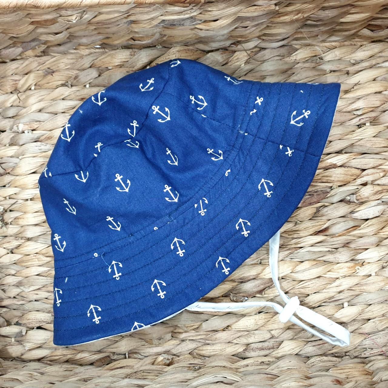Mũ tai bèo, mũ tròn rộng vành, bucket cho bé từ 0 - 12 tuổi mẫu mỏ neo xanh tím than đáng yêu. Mũ đội 2 mặt chống nắng, tia UV đi biển, dã ngoại