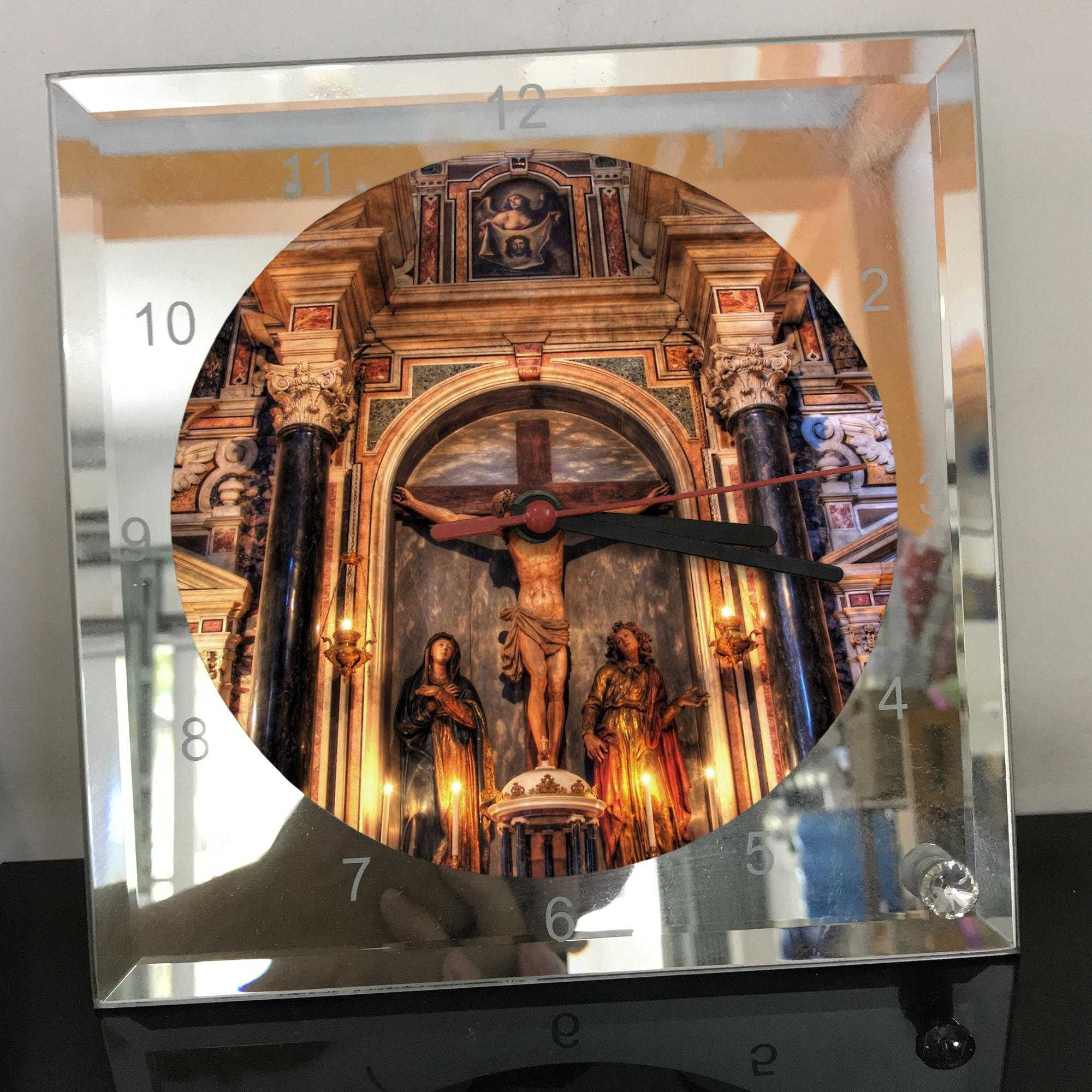 Đồng hồ thủy tinh vuông 20x20 in hình Cathedral - nhà thờ chính tòa (21) . Đồng hồ thủy tinh để bàn trang trí đẹp chủ đề tôn giáo