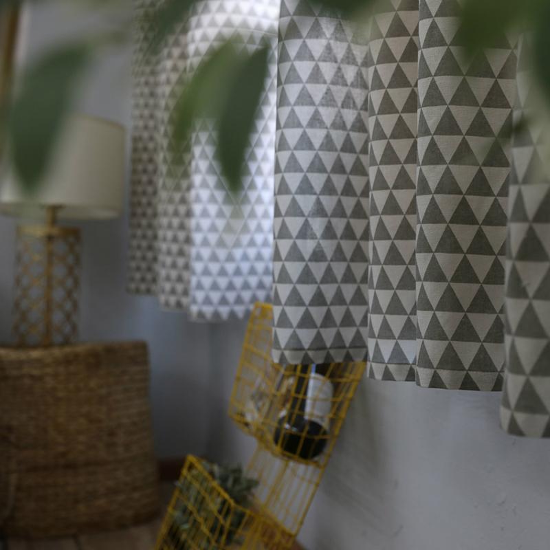 Rèm canvas, rèm cửa sổ, rèm decor MARYTEXCO trang trí nhà cửa, làm dịu nhẹ ánh sáng tự nhiên, rèm ore hoàn thiện tặng kèm dây buộc rèm vintage - họa tiết TAM GIÁC XÁM R-B10 (Giao hàng cho vận chuyển trong 8h làm việc)