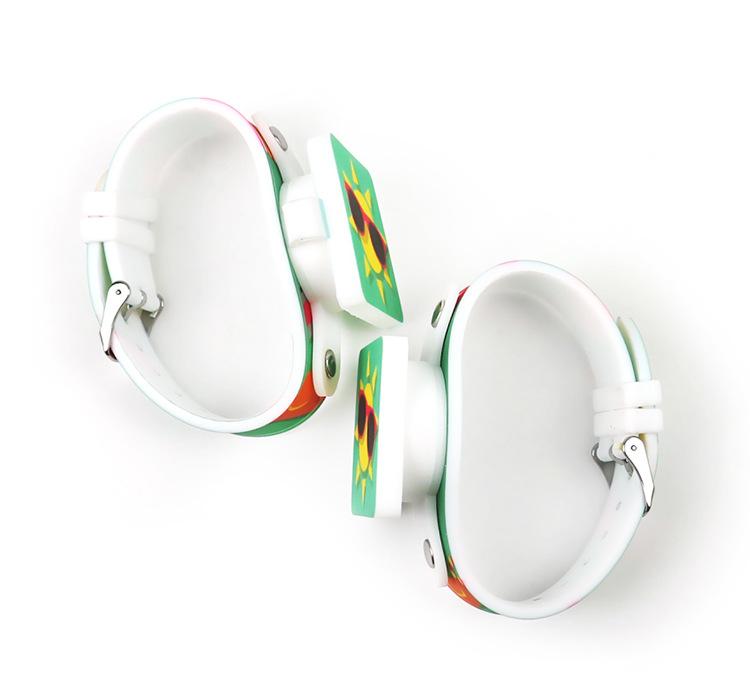 Đồng hồ thời trang trẻ em dây cao su cao cấp sắc màu PKHRTE015