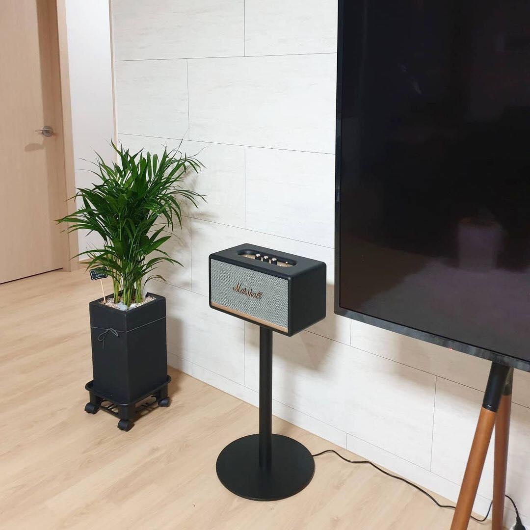 Chân loa  chính hãng   Marshall Stand decor phòng khách, hỗ trợ nghe nhạc hay hơn