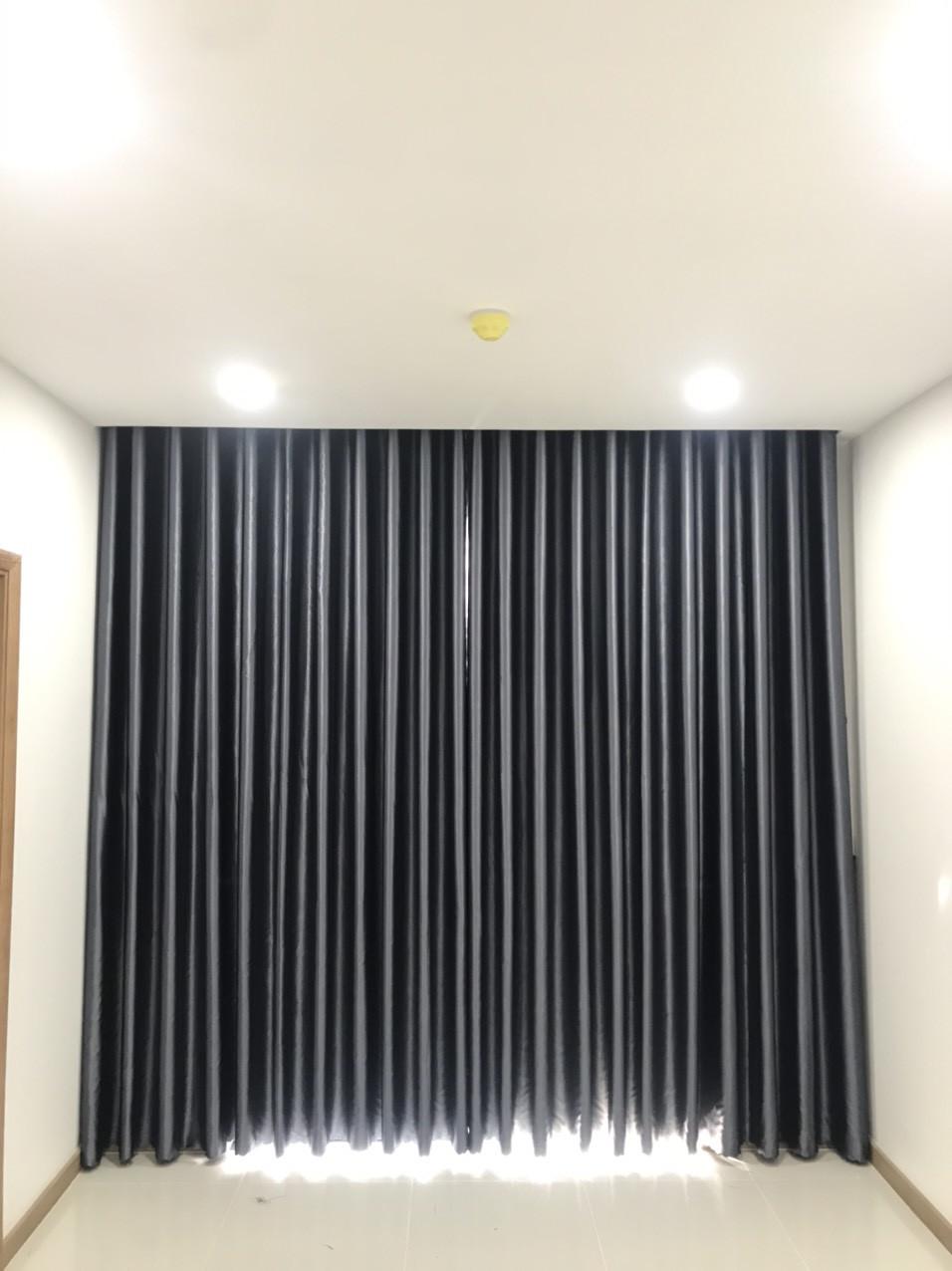 Rèm cửa chống nắng - Màu Vàng Nhạt Sọc Thẳng