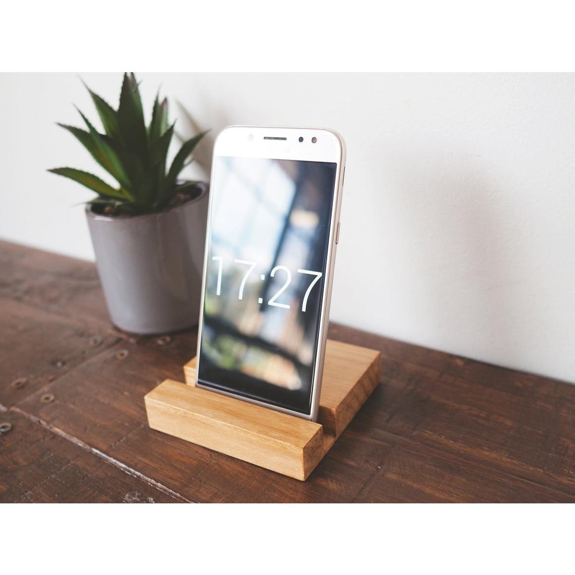 Bộ giá đỡ iPad & iPhone bằng gỗ mật hồng tự nhiên chính hãng GK Concept
