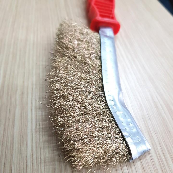 Bàn chải sắt đánh rỉ màu đỏ