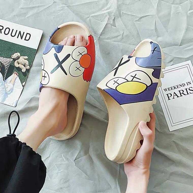 Dép Nữ Thời trang KAWS NEW - Dép YZ Slide Siêu Nhẹ, Siêu Bền [ HOT TREND 2020 ]