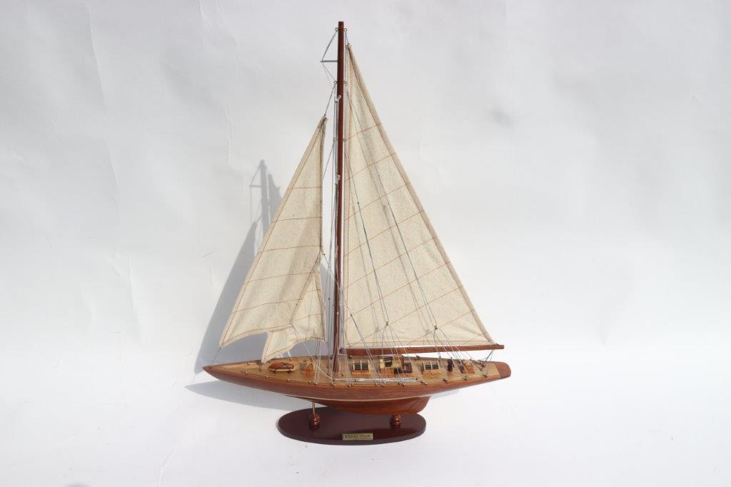 Mô hình thuyền đua ENDEAVOUR (màu gỗ) - 50cm