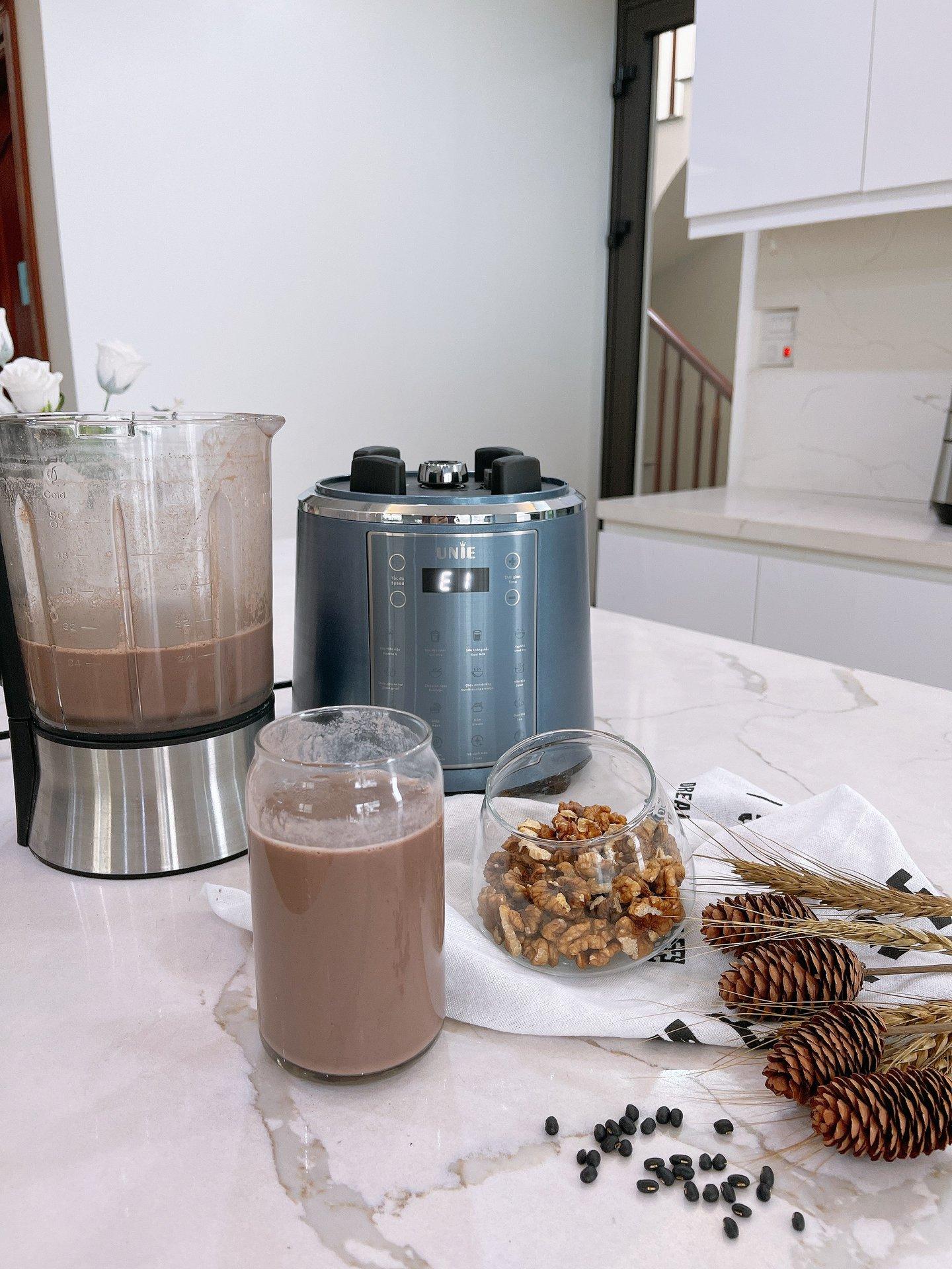Máy Làm Sữa Hạt Xay Nấu Cao Cấp UNIE V6 & V6S (1800w - 1.75l - Có Cảm Biển Chống Trào và Hỗ Trợ Báo Giọng Nói Thông Minh) - Hàng Chính Hãng