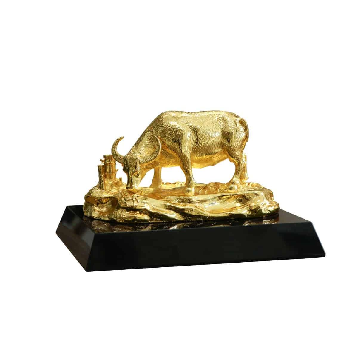 Tượng trâu vàng An Lạc (cỡ 18cm)