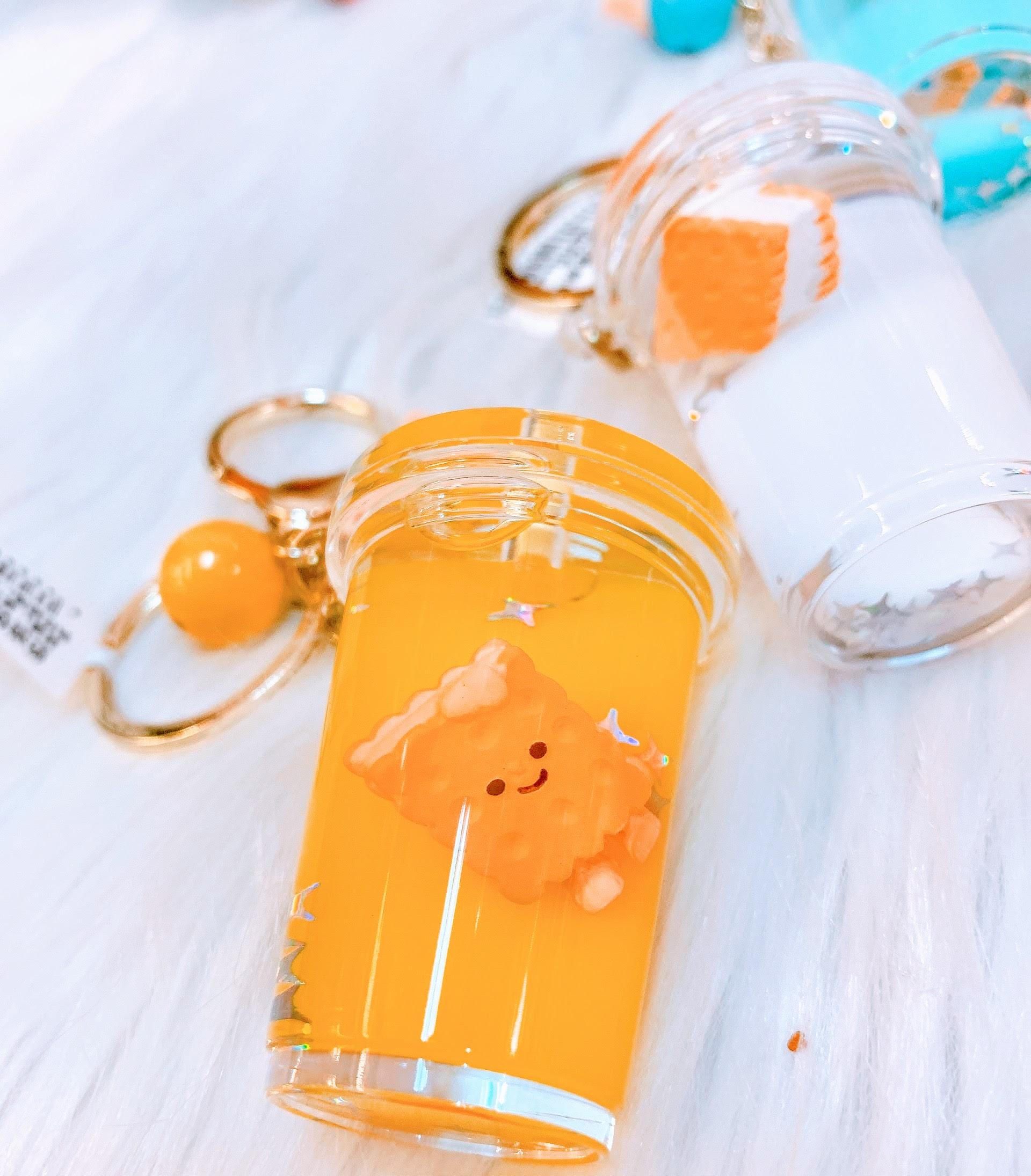 Móc Khóa Trà Sữa Biscuit - 1 Cái - Giao Màu Ngẫu Nhiên