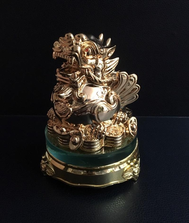 Cóc phong thủy cõng bắp cải chiêu tài lộc - đế thủy tinh xoay 360 độ - Si vàng