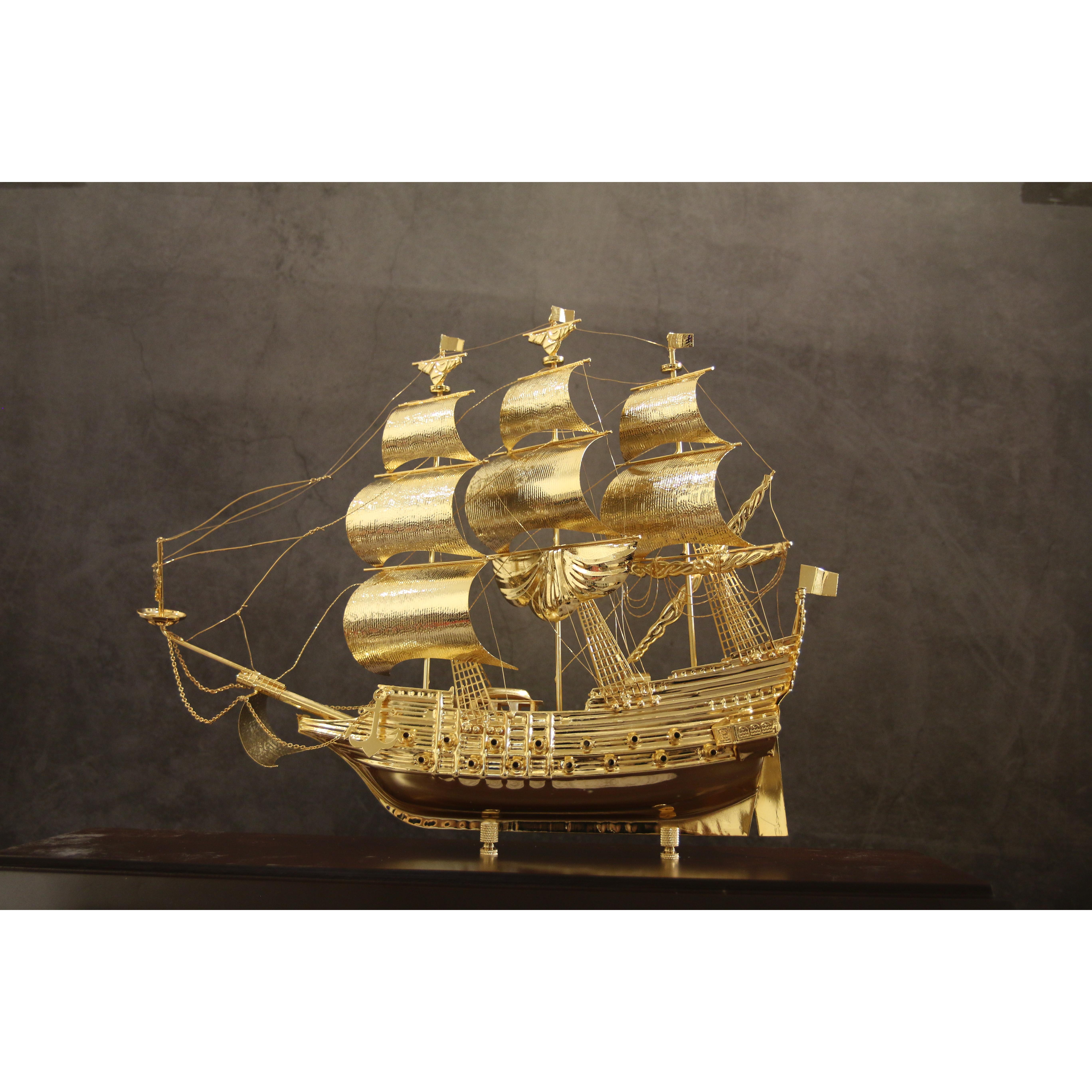 Mô hình thuyền buồm mạ vàng - Cỡ đại