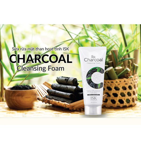 Sữa rửa mặt than hoạt tính loại bỏ bã nhờn ISK Charcoal Cleansing Foam Hàn Quốc 100ml tặng kèm móc khóa