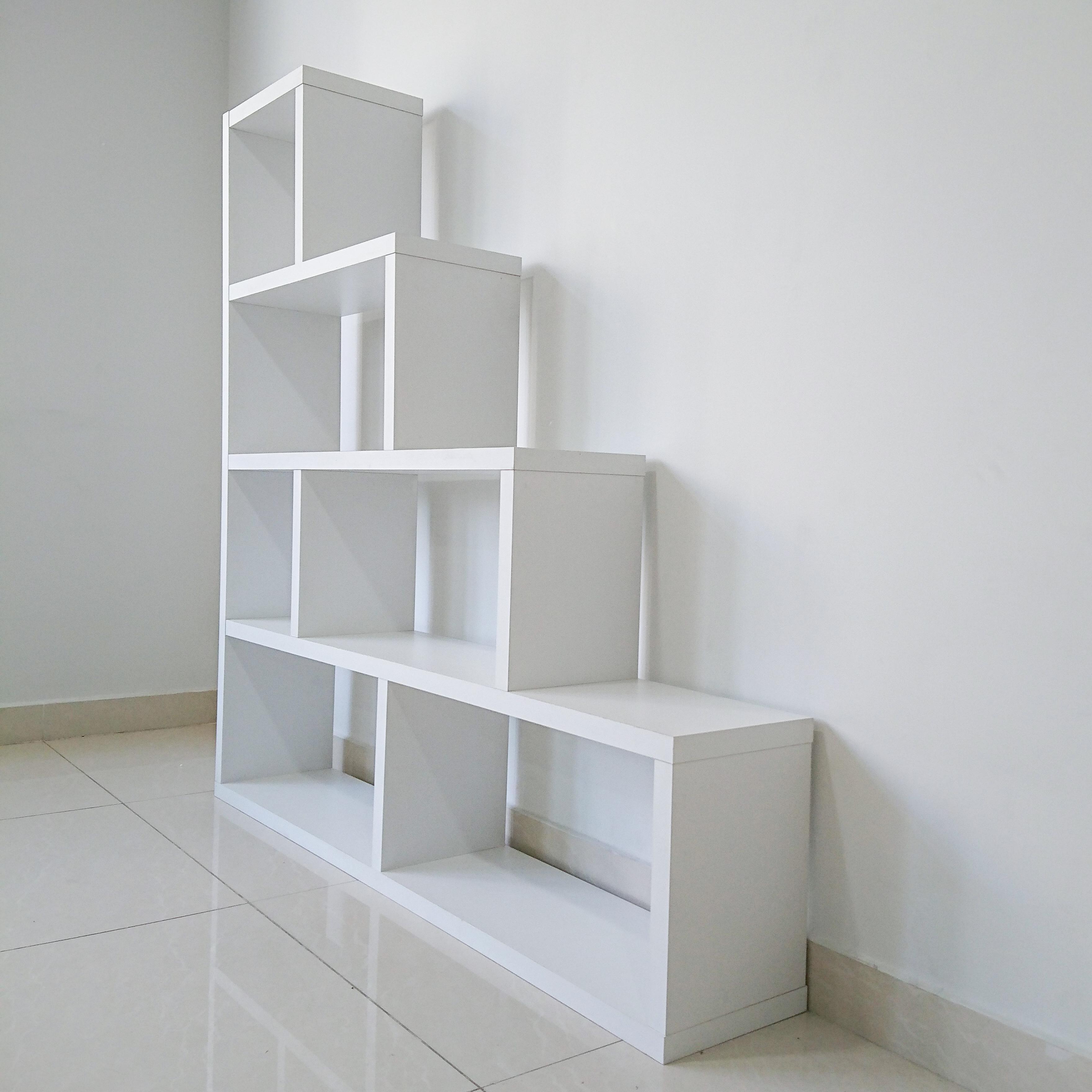 Kệ trang trí bậc thang H2557 Modulo Home