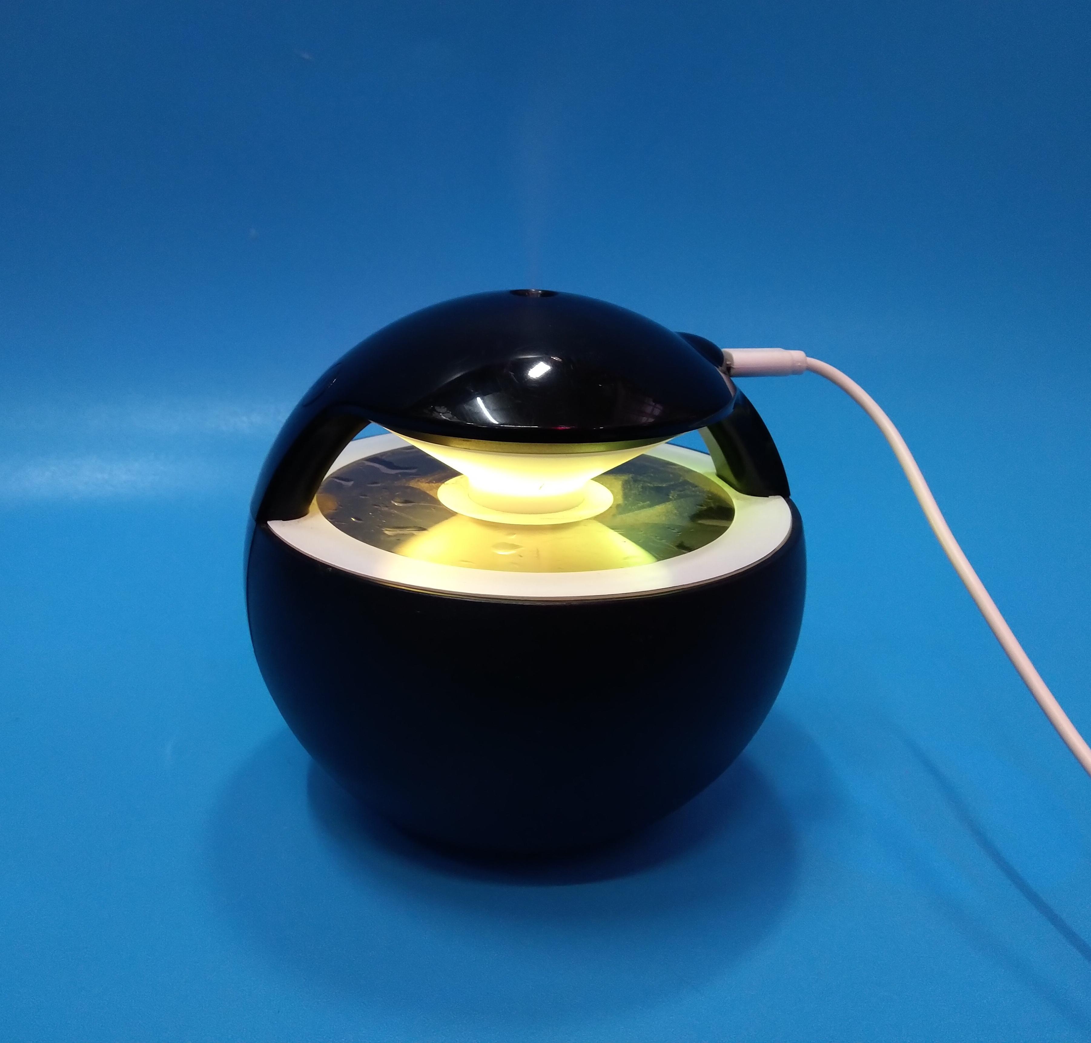 Máy phun sương tạo độ ẩm mini  tích hợp đèn led đổi màu WT-A01-màu ngẫu nhiên