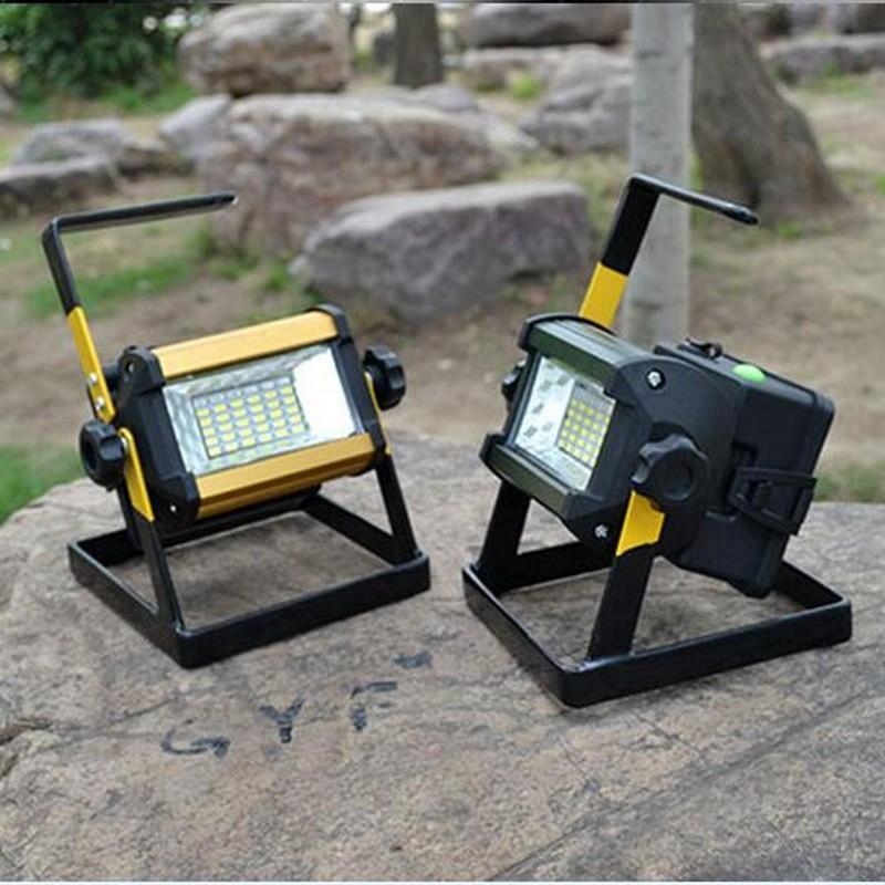 Đèn sạc điện cao cấp đa năng 50VV màu ngẫu nhiên ( Kèm 4 pin cell 2600mAh )