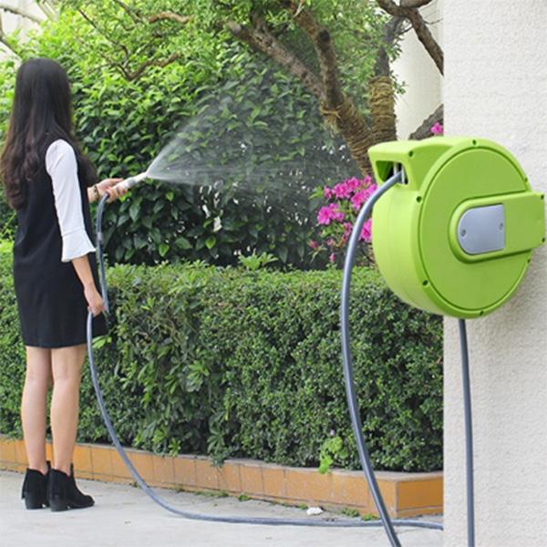 Bộ vòi tưới cây thông minh mini dùng cho nhà vườn nhỏ 11 mét NAW-A10. Thu cuốn ống nước tự động, phù hợp cho việc chăm sóc vườn rau, vườn hoa nhỏ.