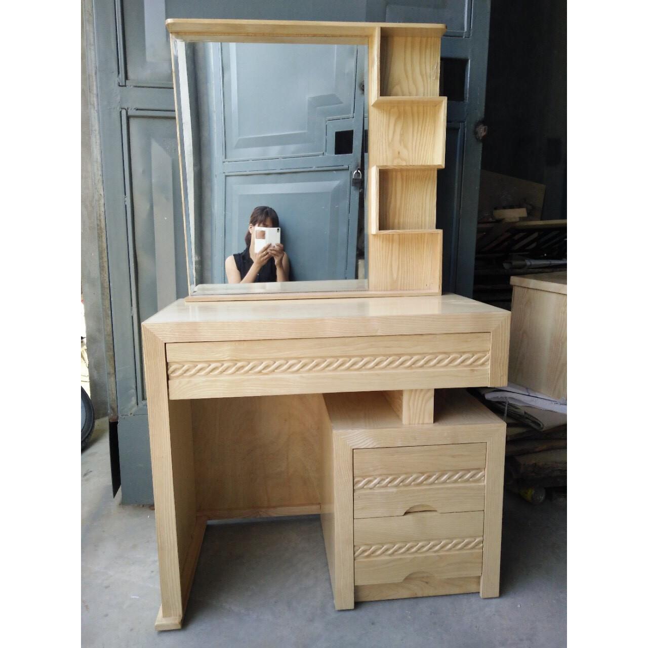 Bàn trang điểm gỗ sồi kích thước: 80 x40 x 1m50