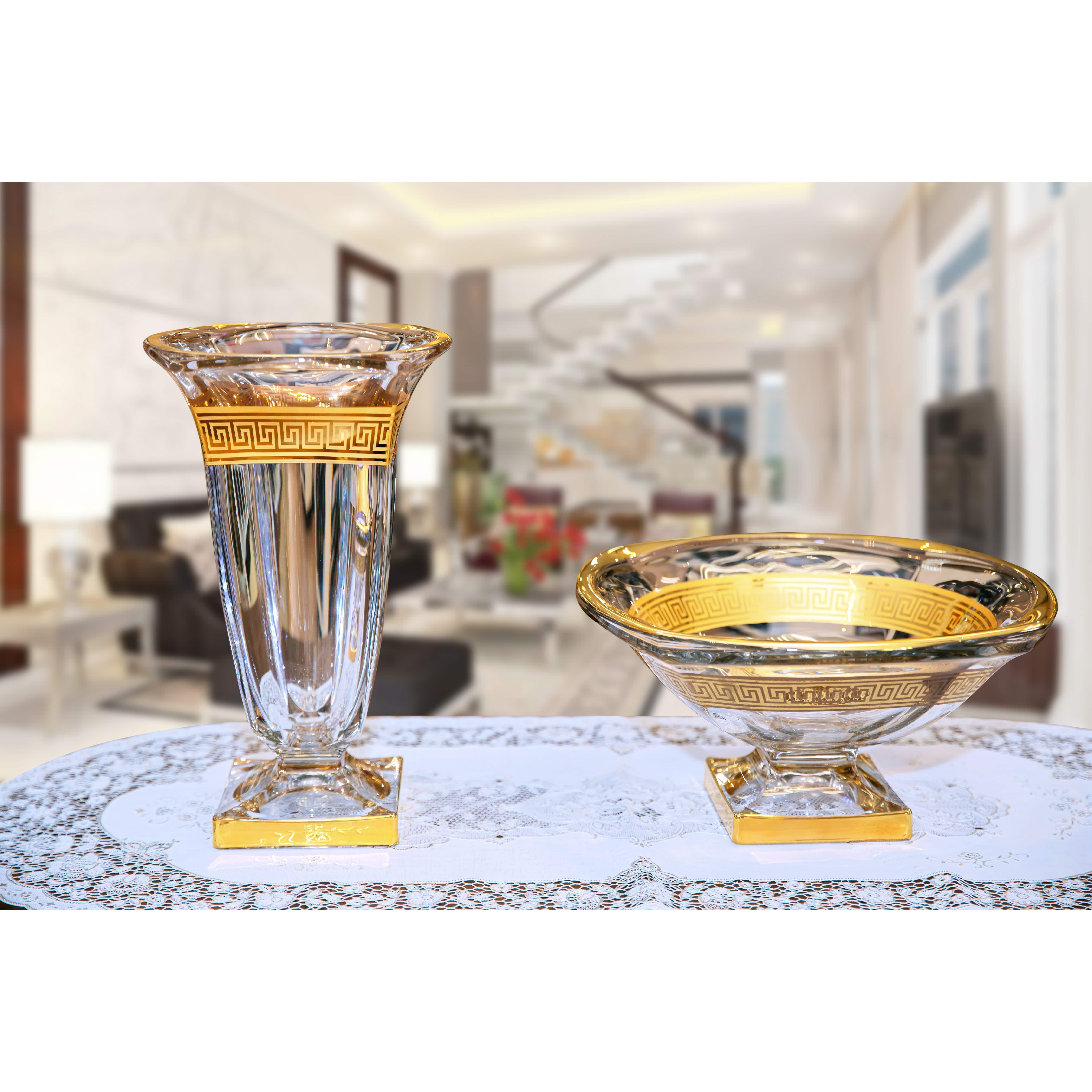 Khay (đĩa) pha lê Tiệp cao cấp  mạ vàng BOHEMIA 1345  đường kính 31 cm, hoa văn mạ vàng, kiểu dáng sang trọng, hiện đại, - Hàng chính hãng
