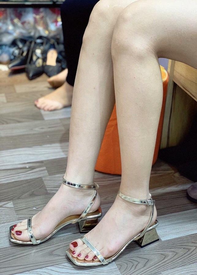 Giày sandan nữ bản một dây nhỏ