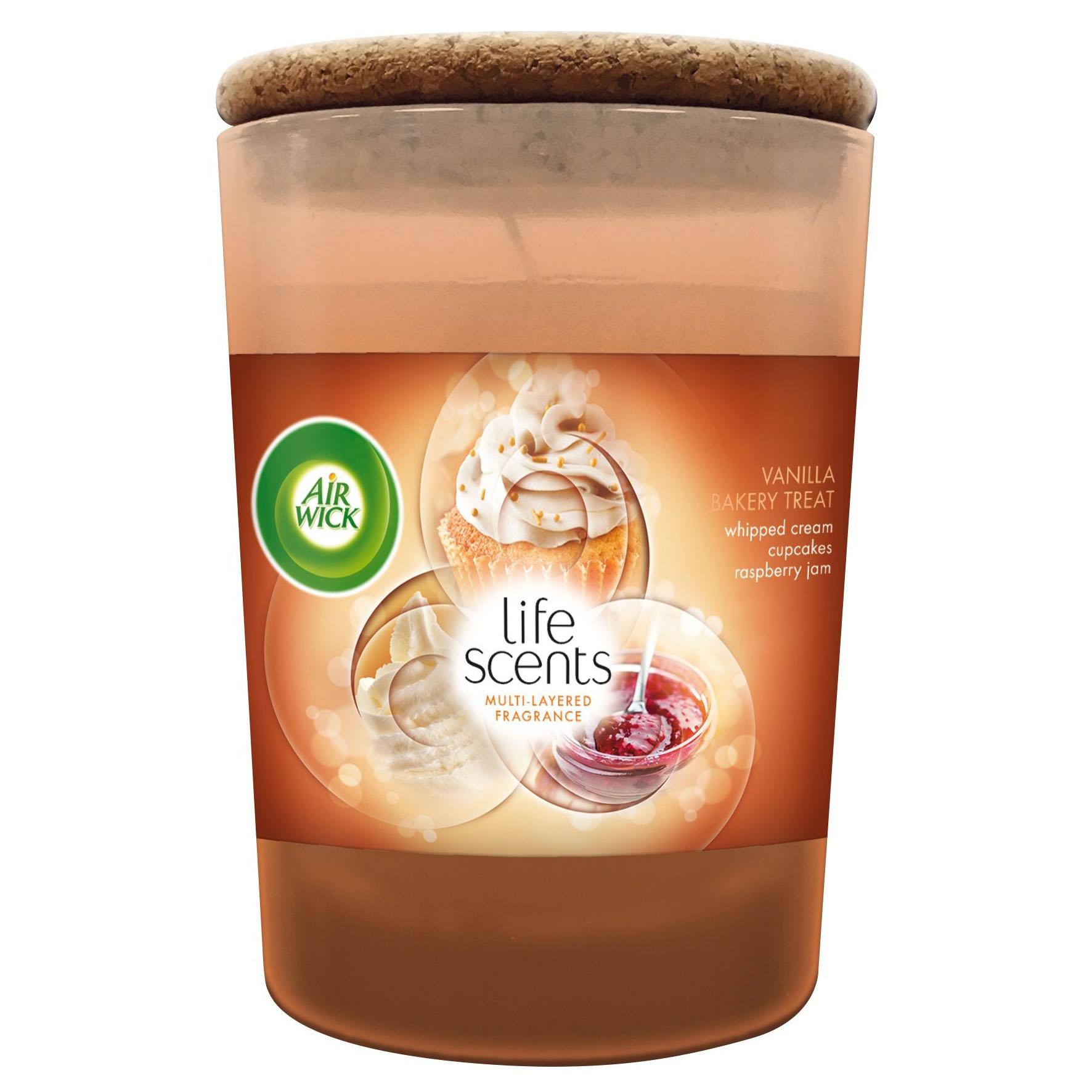 Ly nến thơm tinh dầu Air Wick Vanilla Bakery Treat 185g QT04255 - bánh kem vani