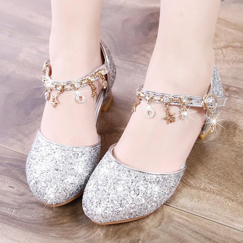 Giày cao gót cho bé gái 4 - 12 tuổi thời trang màu bạc kim sa lấp lánh mặc váy công chúa siêu xinh GE62