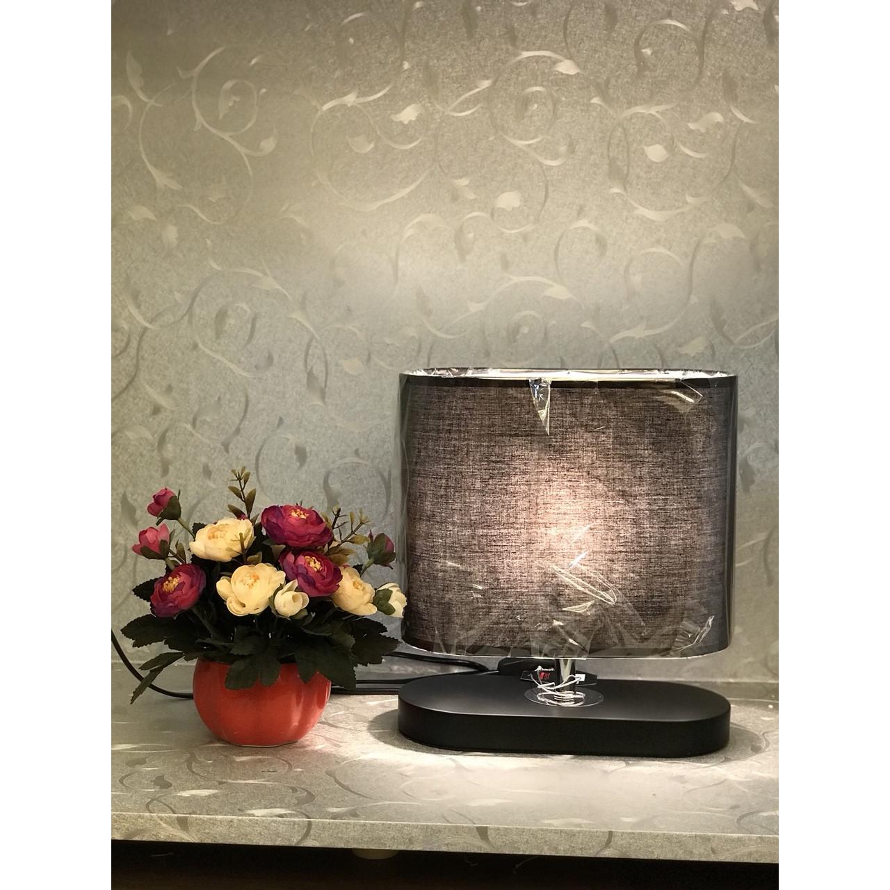 Đèn bàn gỗ trang trí 2405