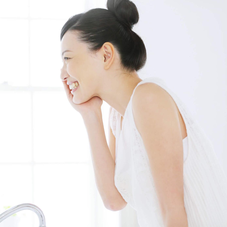 Sữa rửa mặt tạo bọt Kosé Cosmeport Softymo Washing Foam White 150g