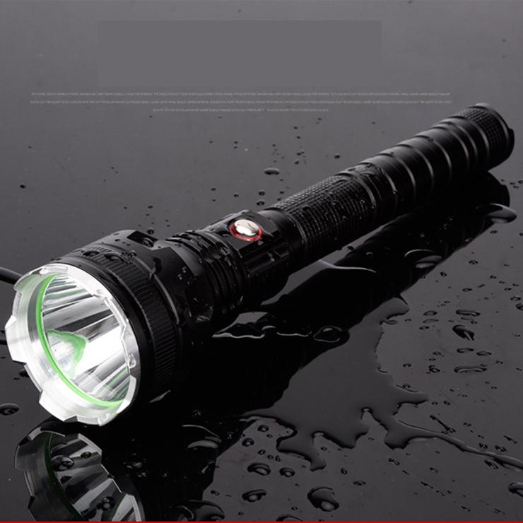 Đèn pin siêu sáng chiếu xa 500m