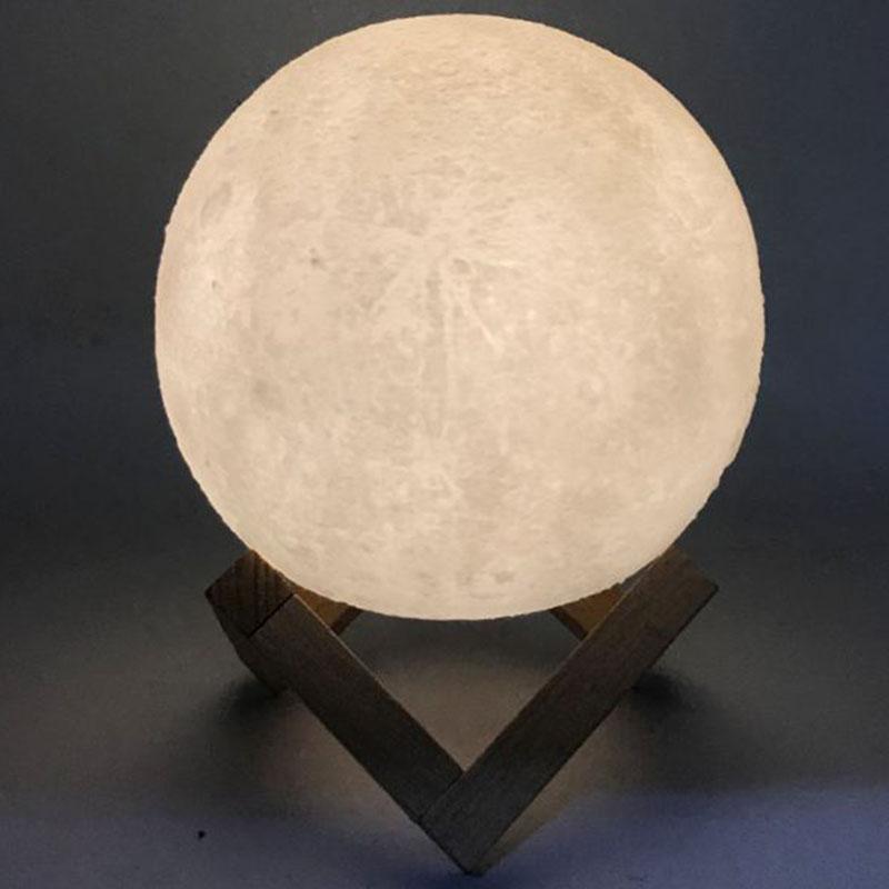 Đèn mặt trăng 3D cảm ứng 16 màu