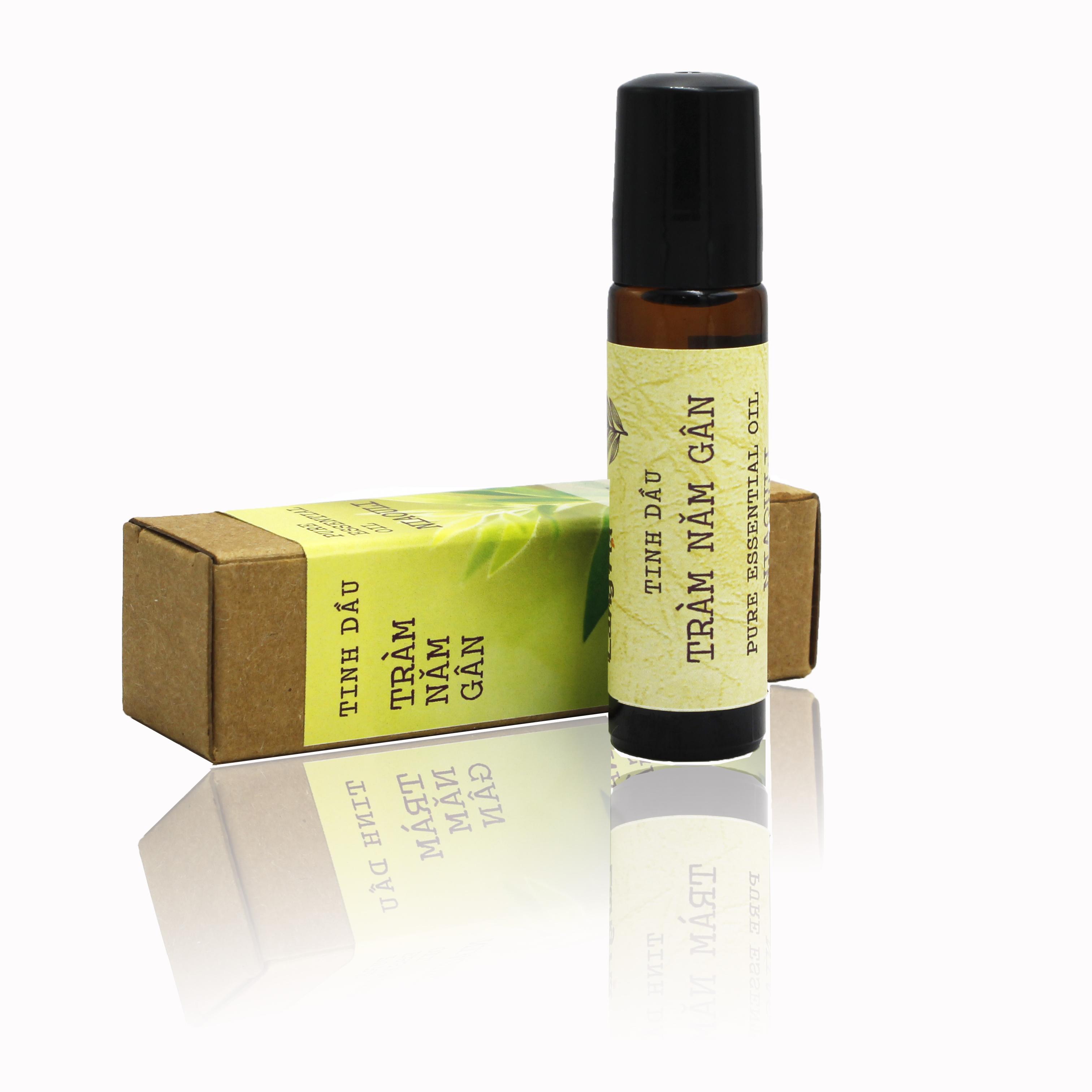 Tinh dầu Tràm 5 gân Làng Hạ 10ml (Chai bi lăn) - Tinh dầu chất lượng cao (với nguồn giống từ Úc), Giảm triệu chứng nghẹt mũi, muỗi đốt.