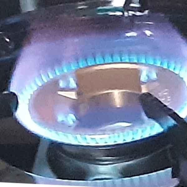 Bếp gas đôi mặt kính sen chia lửa bằng đồng Redhome TN-621 - Hàng chính hãng
