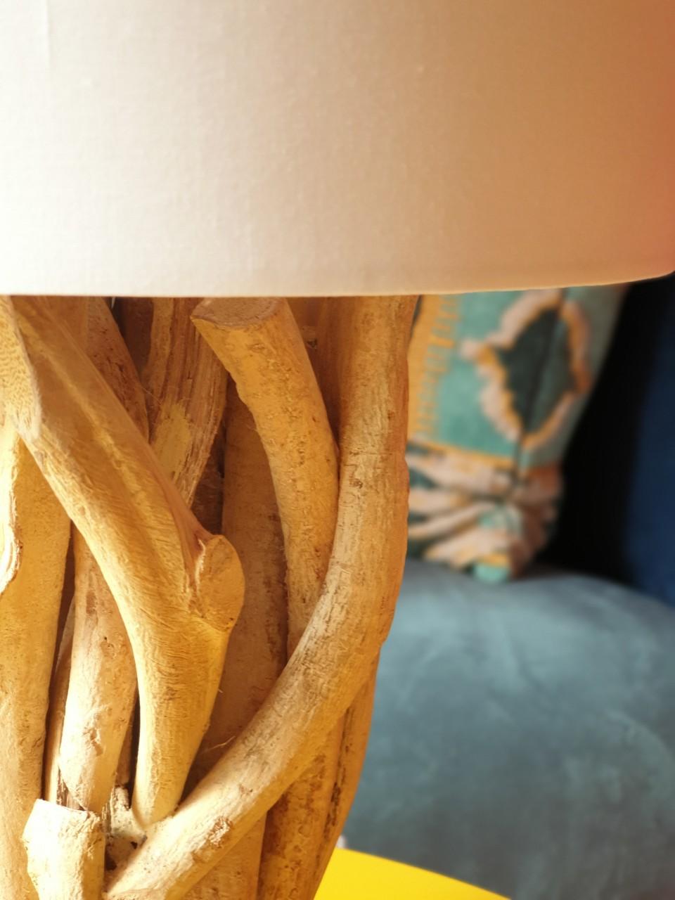 Đèn Để Bàn Trang Trí Phòng Ngủ WINERE - Đèn Gỗ - Tặng kèm Bóng Led MPE E27 tiết kiệm điện