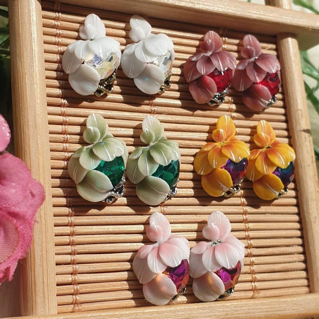 Hoa nửa ôm charm rắn đá khối - Hoa bột đính móng BHY018