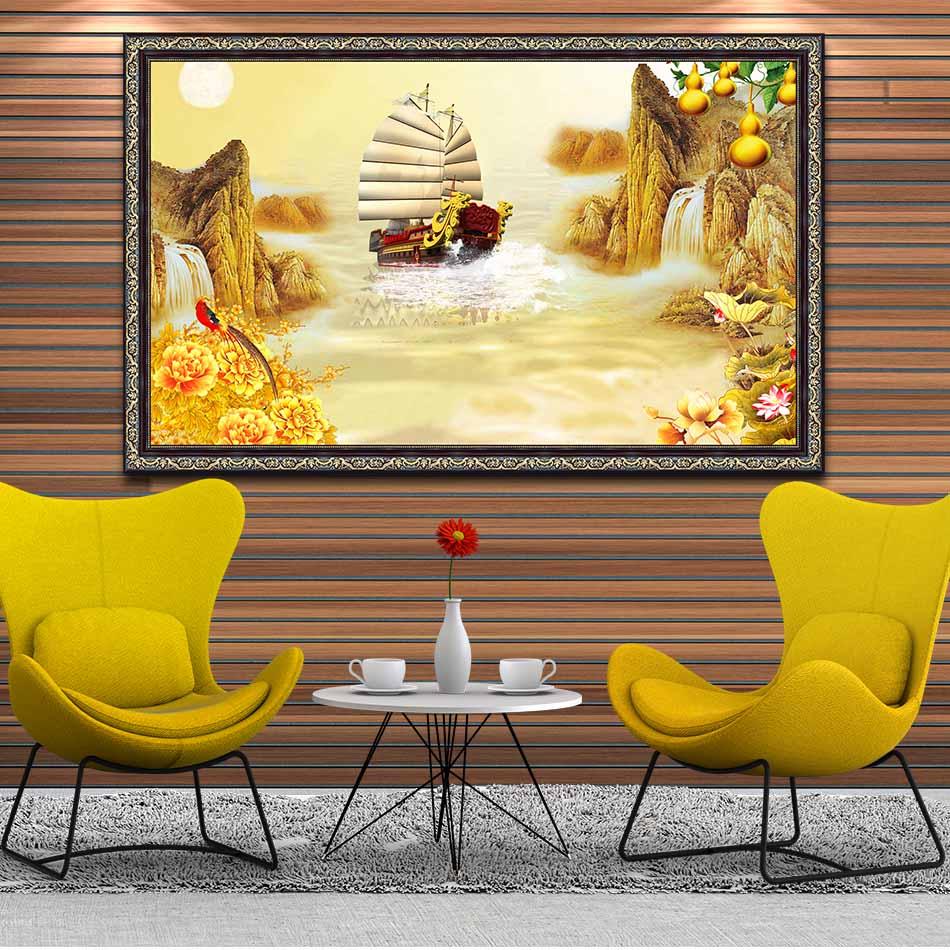 Tranh canvas phong thủy treo tường - Thuận buồm xuôi gió - TBXG014 - Khung hoa văn sang trọng - 150x90cm