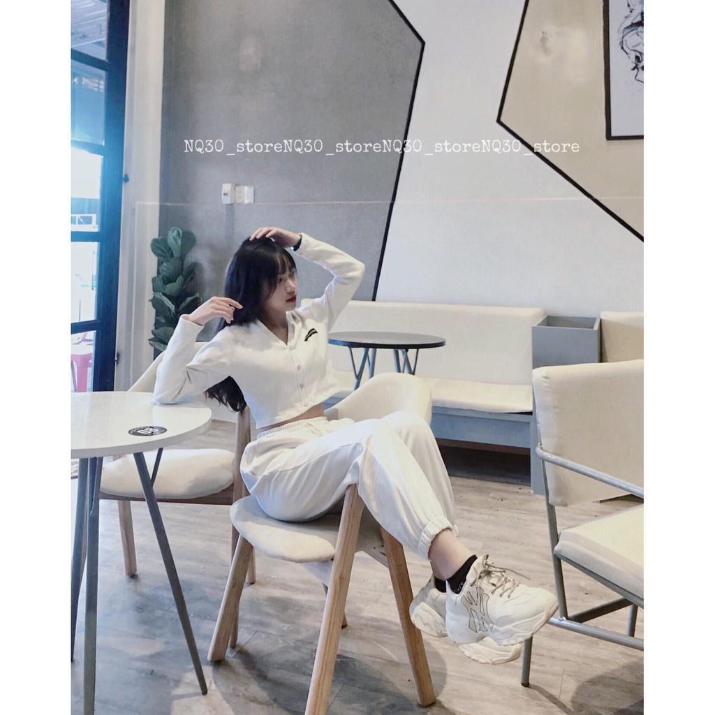 Áo Croptop NQ30_store Tay Dài Form Ôm Chất Gân Bo Thêu Banda Màu Đen Trắng Nữ Ullzang