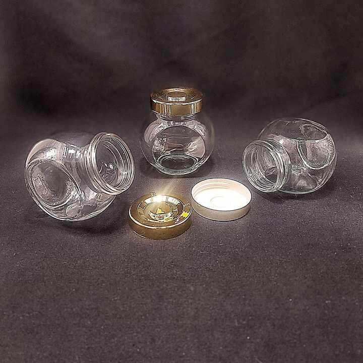 Hũ thủy tinh đựng gia vị 180ml (combo 6 hũ) mẫu Tròn Dẹt kiểu nghiêng 2 đáy - nắp nhựa vàng - hũ chưng yến thuỷ tinh, lọ đựng bánh kẹo, hạt dưa, tổ yến, mật ong, sữa ong chúa, thực phẩm, mỹ phẩm