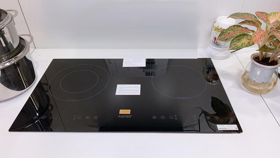 Bếp điện từ (1 lò từ + 1 lò điện) Faster 628HI nhập khẩu Malaysia